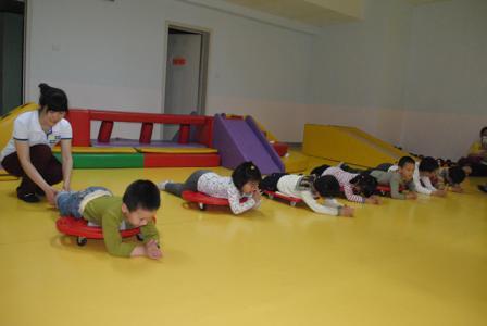 儿童前庭觉感统失调训练方法