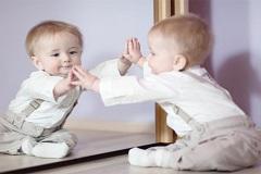 2月龄孩子社会性能力感统训练的方法