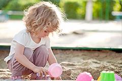 触觉敏感的孩子感统训练方法有哪些?