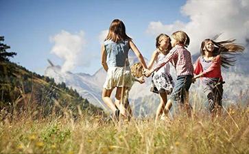 孩子本体觉感统失调的表现有哪些?
