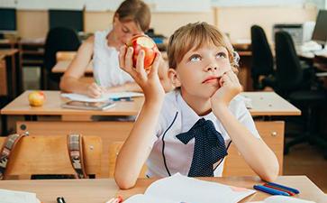 哪些是儿童本体觉感统失调的表现?