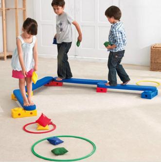 儿童平衡木感统训练