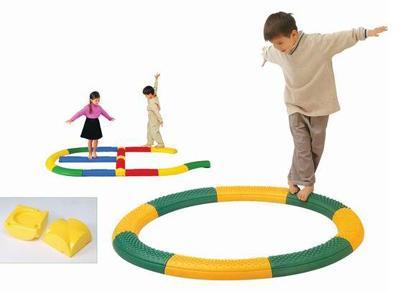儿童平衡触觉板感统训练图