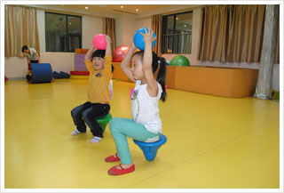 儿童本体觉感统失调训练方法之一
