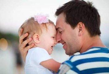 儿童抱一抱强化触觉功能的感统训练方法
