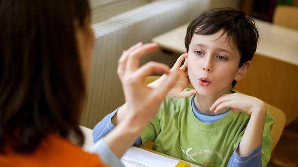 孩子口吃的感统训练