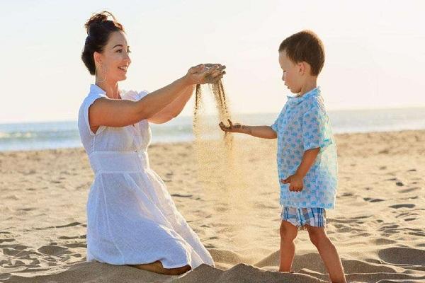 沙土游戏改善儿童自闭倾向