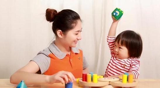 家庭亲子训练游戏