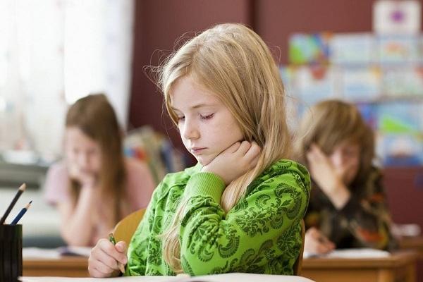 孩子前庭觉感统失调的表现和改善方法
