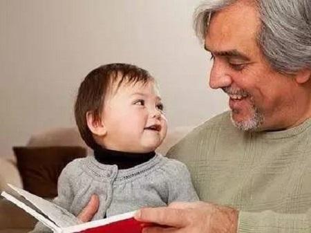 通过读书训练孩子的听说读的能力