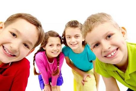 自闭症的孩子少不了伙伴们的影响