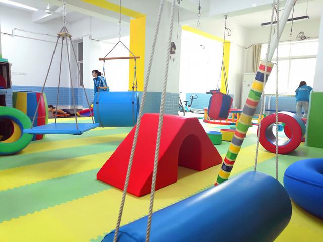 知贝儿童感统训练机构环境3